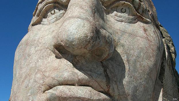 esculturacrazyhorse