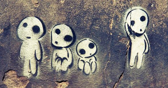 aliens-wall-585x306