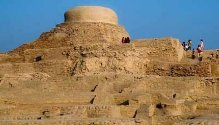 The-ancient-city-of-Mohenjo-Daro