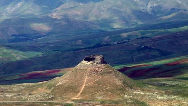 Zendane Soleiman, 2006, foto by: Ahadagha (en.wikipedia.org)
