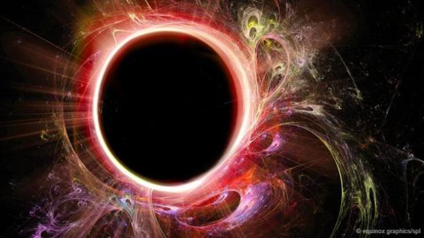 El borde de un agujero negro podría ser una bola de fuego.