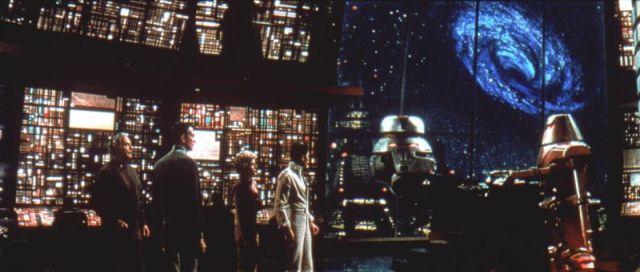 """""""En, a través de ... y más allá."""" El Agujero Negro (1977) de Disney: una buena idea, pero mal ejecutado."""