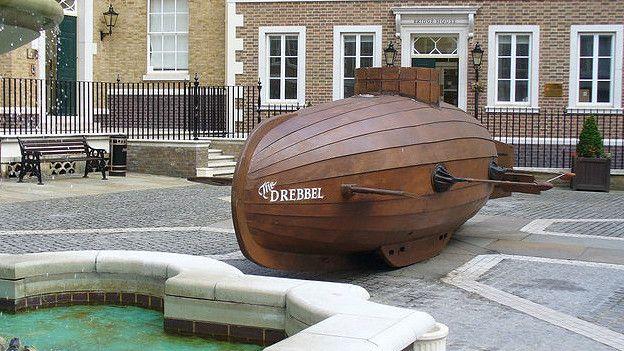 Esta reconstrucción del submarino con remos fue probada -con éxito- en el Támesis. (Foto cortesía de www.geograph.org.uk)